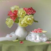 С тюльпанами и мармеладом :: Светлана Л.