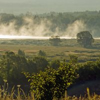 Пылают реки на рассвете....... :: Игорь Егоров