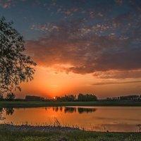 Летний рассвет :: Александр Тулупов