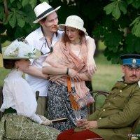из нашего далекого-на пикнике :: Олег Лукьянов