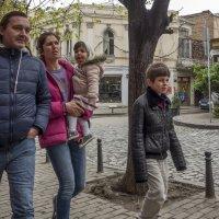 Люди Тбилиси. Семья. :: Алексей Окунеев