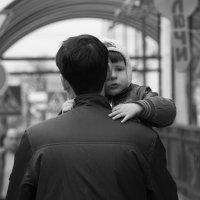 папа с дочкой :: Marina Ostrianinova