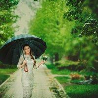 Невеста поддождиком :: Сергей Урюпин