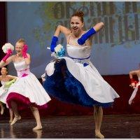 Танец невест :: Игорь Волков