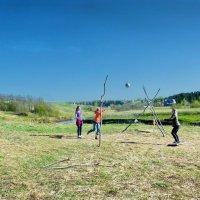 Игры на свежем воздухе :: Валерий Талашов