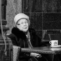 Чашечка кофе ... :: Александр Степовой
