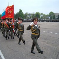 К выносу Знамени встать! :: Виктор Никаноров