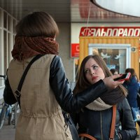 Северодвинск. 1 мая. Юбилей ЦУМа. Не очень кающаяся Мария Магдалина :: Владимир Шибинский