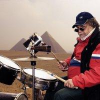 Барабанщик пустыни :: Валерий Кабаков