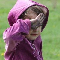 если ладошки грязные - почесать глаз, есть тыльная сторона руки))) :: Елена ПаФОС