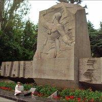 Память жива...  Запорожье, май 2012 года :: Нина Корешкова