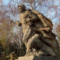 Скульптурная композиция на Площади Героев :: Dr. Olver  ( ОлегЪ )