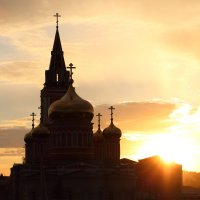 храм в контровом свете :: Ирина