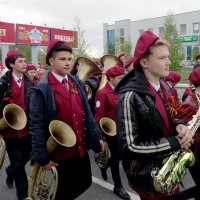 на парад... :: Юлия Мошкова