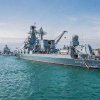 Корабли в парадном строю :: Юрий Яловенко