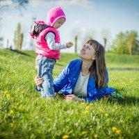 дочки-матери :) :: Julia VasilёK