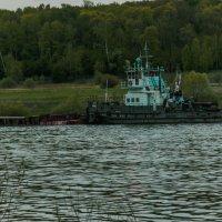 Плыл кораблик по реке... :: Константин Сафронов