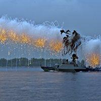 Парад каспийской флотилии в Волгограде... :: Павел Бутенко