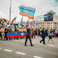 1 год молодой Республике :: Сергей Урюпин