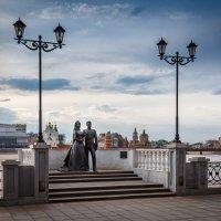 Памятник Грейс Келли и князю Монако Ренье III в г.Йошкар-Оле :: Андрей Гриничев