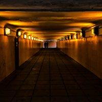 Подземный переход :: Константин Бобинский