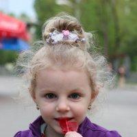 Маленькая и сладенькая :: Tatiana Savelchenko