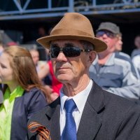 Дед в шляпе. :: Сергей Черепанов