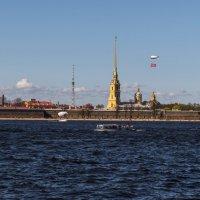 Прогулка по набережной :: Владимир Демчишин