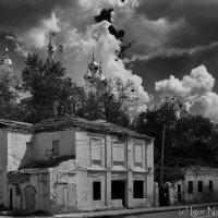 Клочковская и Свято-Покровский монастырь. Харьков :: Игорь Найда