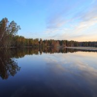 на закате, на реке... :: Сергей