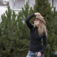 Незнакомка в шляпе :: Valeriy Piterskiy