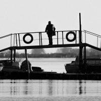 На лодочной станции :: Алексей Калугин