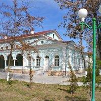 Дом Офицеров, бывшее Офицерское собрание в Самарканде :: Денис Кораблёв