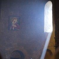 Литургия - церковь Сурб Аствацацин (Св. Богоматери), IX век, Армения :: Анатолий Бастунский
