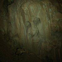Дух пещеры за нами наблюдает :: Svetlana AS