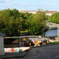 Спуск к реке Свислочь и парку Янки Купалы :: Viktor Heronin