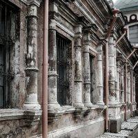 Храм Воскресения Христова в Кадашах. Фрагмент :: Eugene *