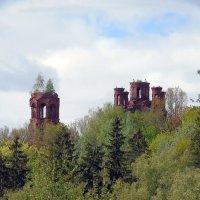Старая церковь :: Анатолий Антонов