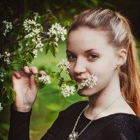 Первые цветочки :: Виталий Любицкий