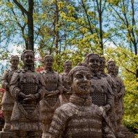 Веселые статуи :: Виталий Кириллов