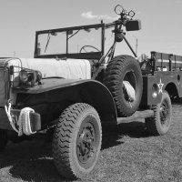 Старый грузовичек :: Ростислав