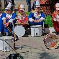 барабанщики ждут :: Валерий Дворников