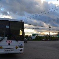 С комсомольского моста на улицу 10 лет 0КТЯБРЯ :: Savayr