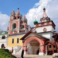 Звонница и Церковь иконы Казанской Богоматери :: Ирина Н