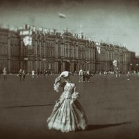 на Дворцовой площади :: Эльмира Суворова