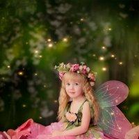 Цветочная фея :: Элина Курмышева