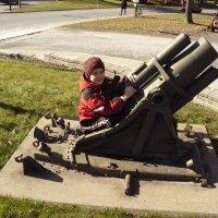 Начало  военной  карьеры... :: Валерий