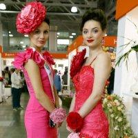 цветочные девушки :: Олег Лукьянов