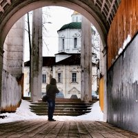 Арка  Речного вокзала в Твери :: Natalia Mihailova