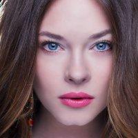 Красивая девушка :: Мила Клевер